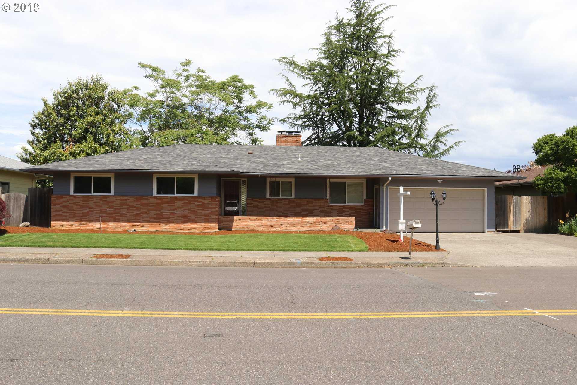 $529,995 - 4Br/3Ba -  for Sale in Argay Terrace, Portland
