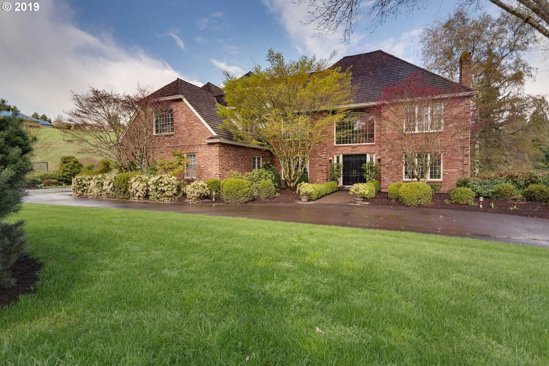 $1,550,000 - 5Br/5Ba -  for Sale in Trail Road Ranch, Tualatin