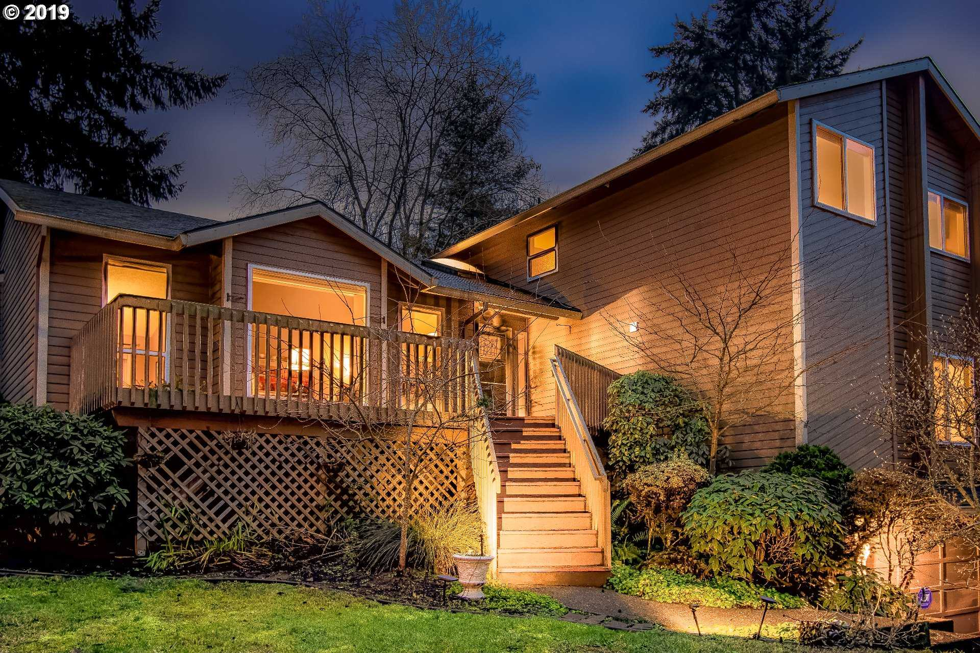 $539,900 - 4Br/3Ba -  for Sale in West Linn