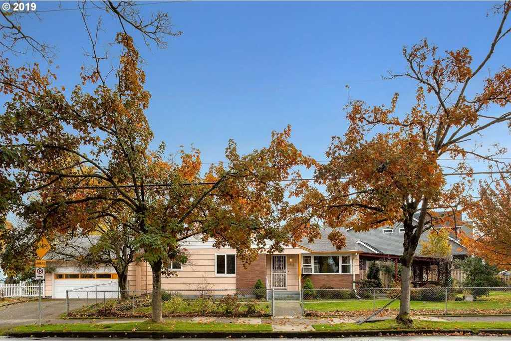 $449,900 - 3Br/2Ba - for Sale in Portland