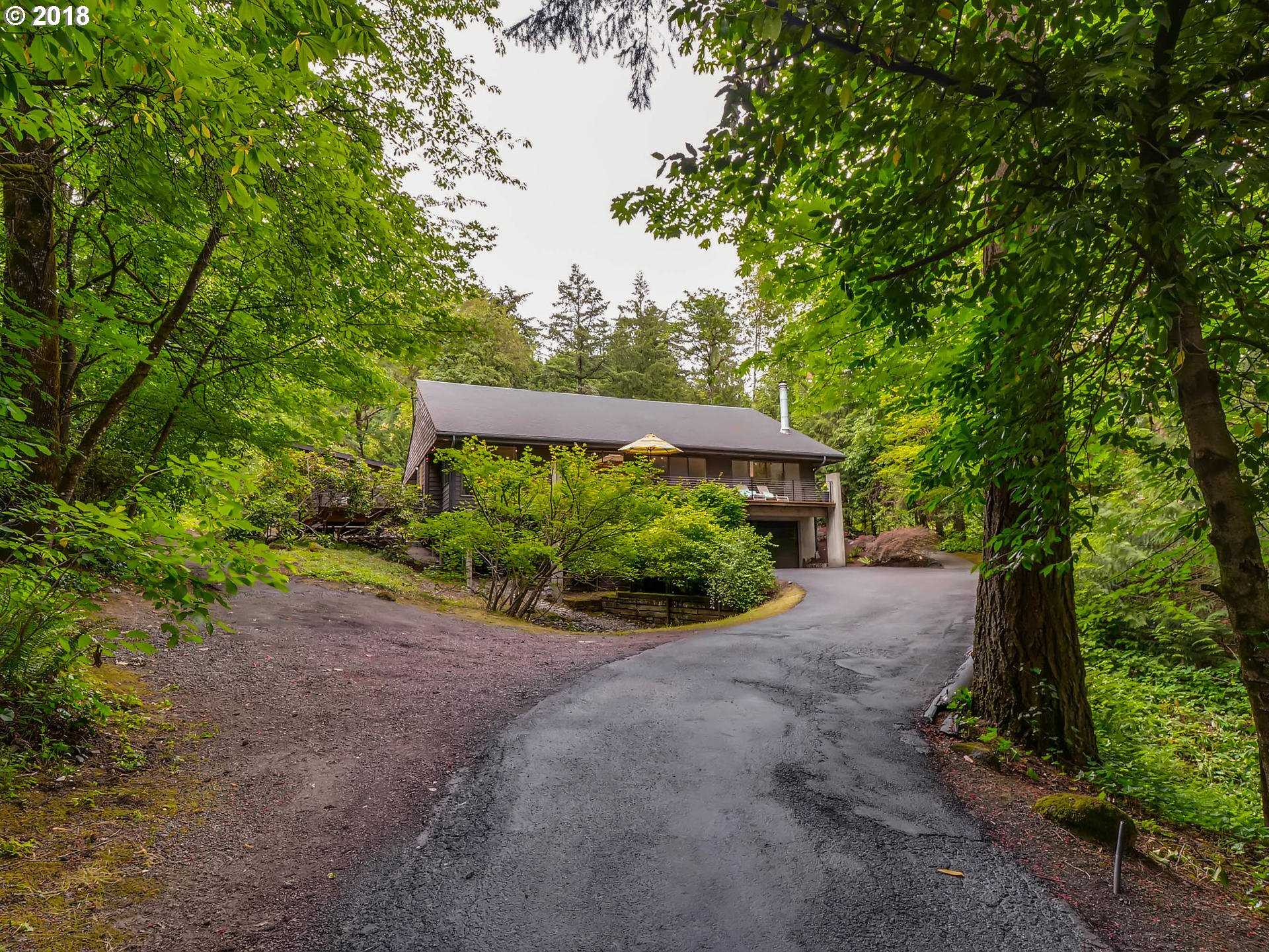 $998,500 - 3Br/4Ba -  for Sale in Bridlemile, Raleigh Hills, Portland