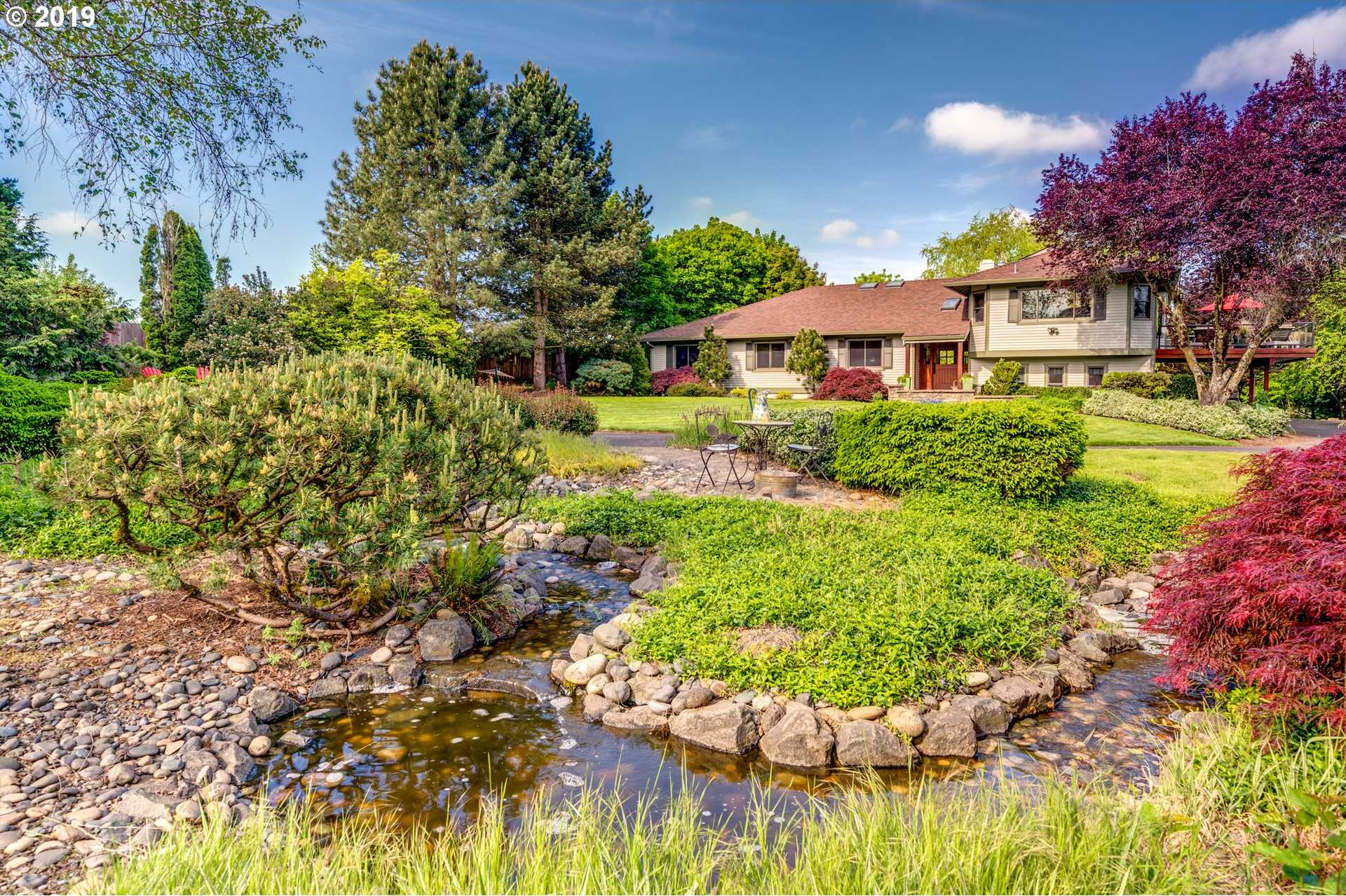 $945,000 - 3Br/3Ba -  for Sale in Tualatin