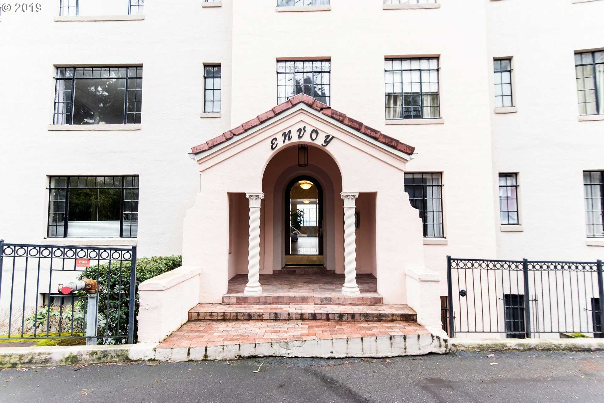 $309,000 - 1Br/1Ba -  for Sale in Portland
