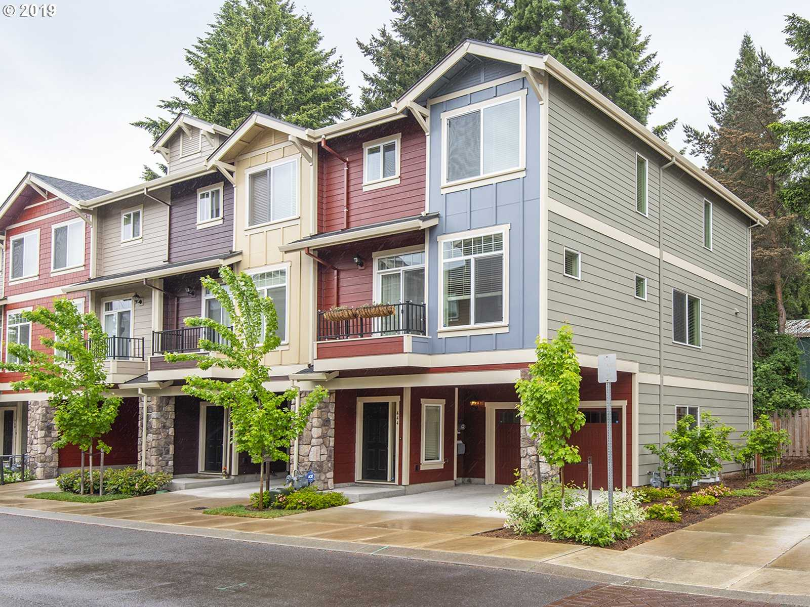 $350,000 - 3Br/3Ba -  for Sale in Hillsboro