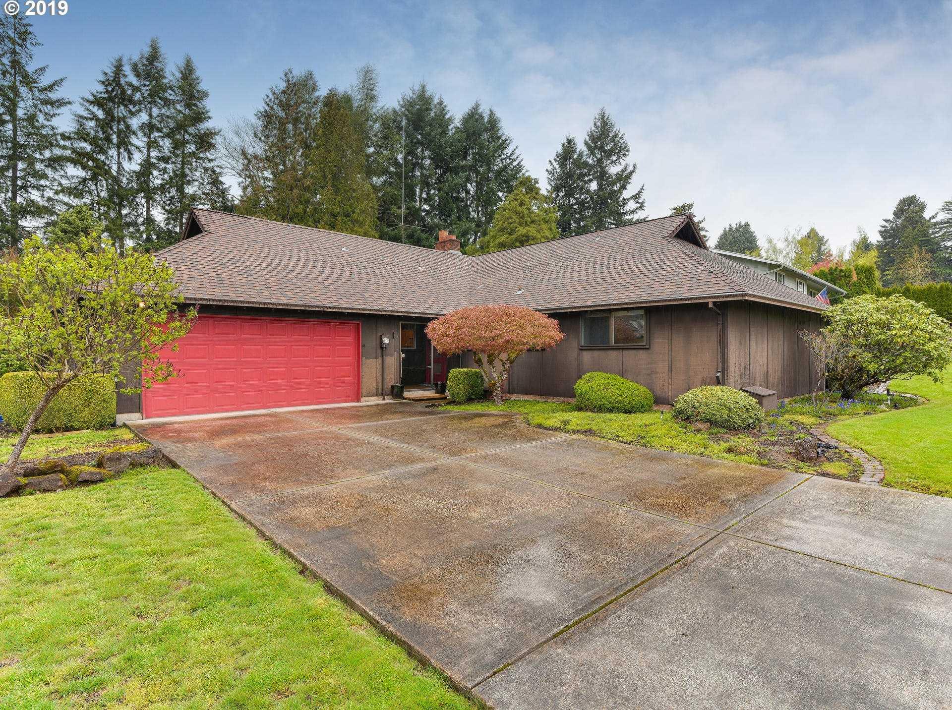 $513,000 - 3Br/3Ba -  for Sale in Milwaukie