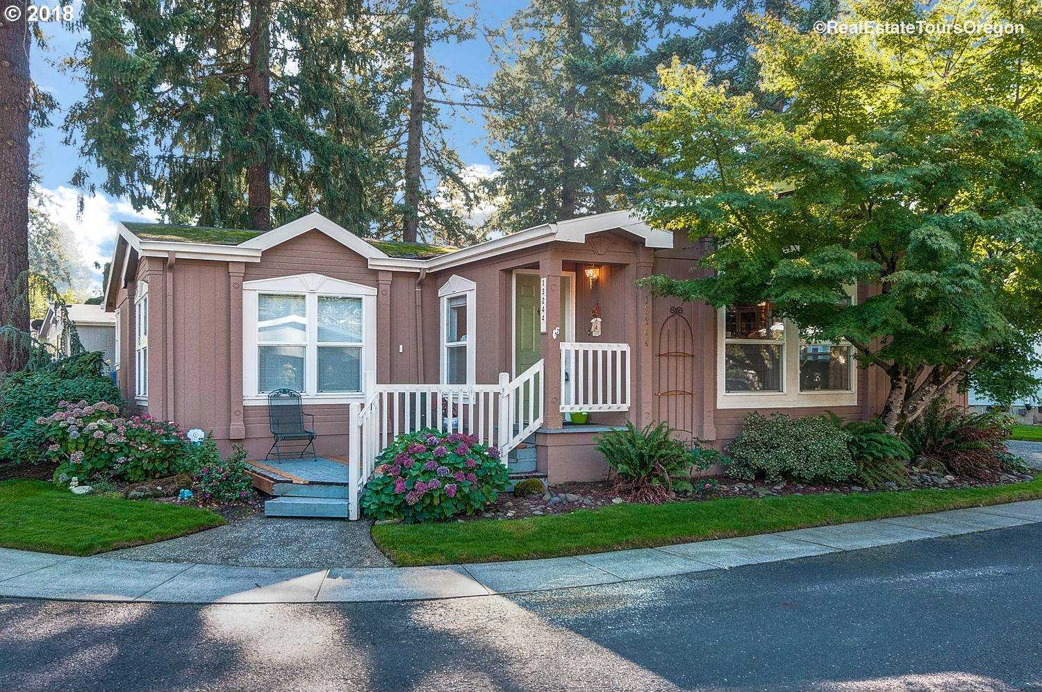 $189,900 - 2Br/2Ba -  for Sale in Reedway Place, Portland