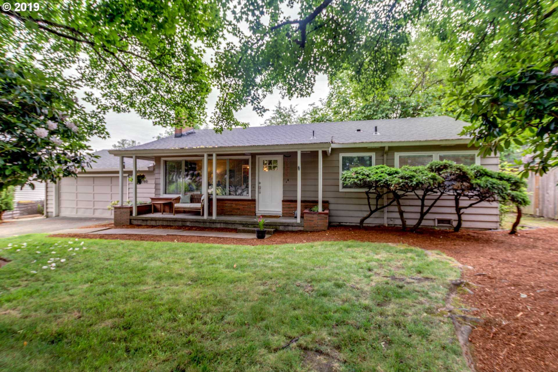 $395,000   3Br/1Ba   For Sale In Garden Home/raleigh Hills, Portland ...