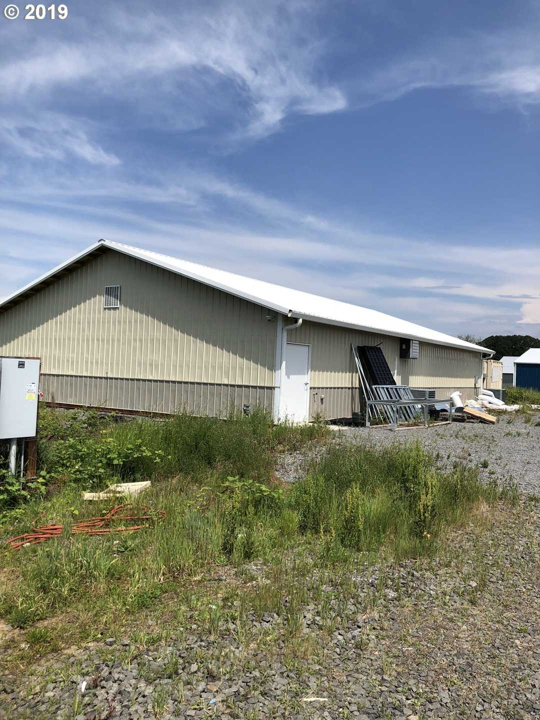 $550,000 - Br/Ba -  for Sale in Canby