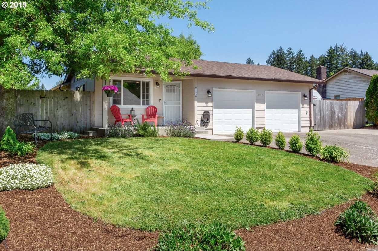 $349,900 - 3Br/2Ba -  for Sale in Mcminnville