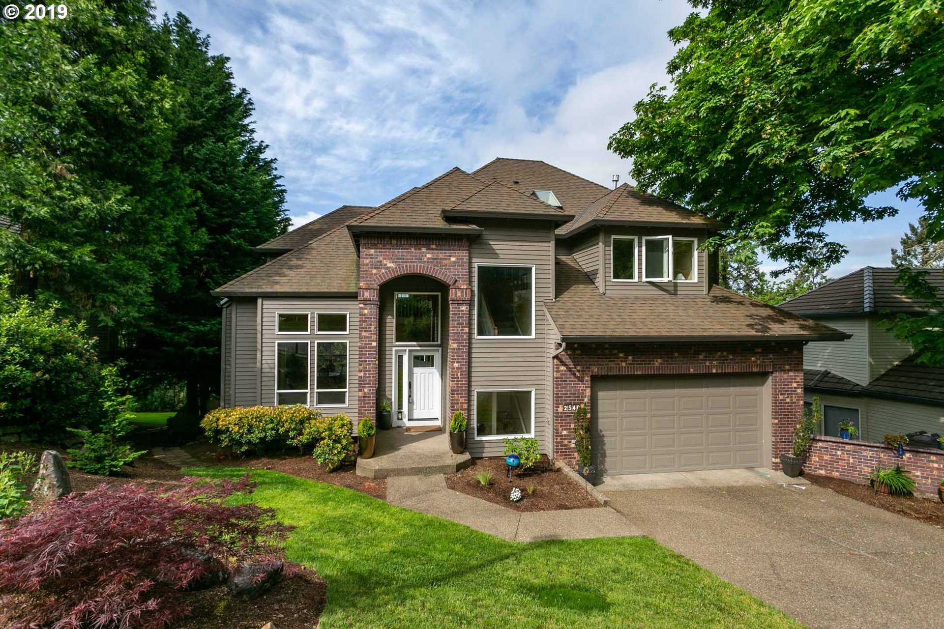 $648,950 - 4Br/4Ba -  for Sale in West Linn
