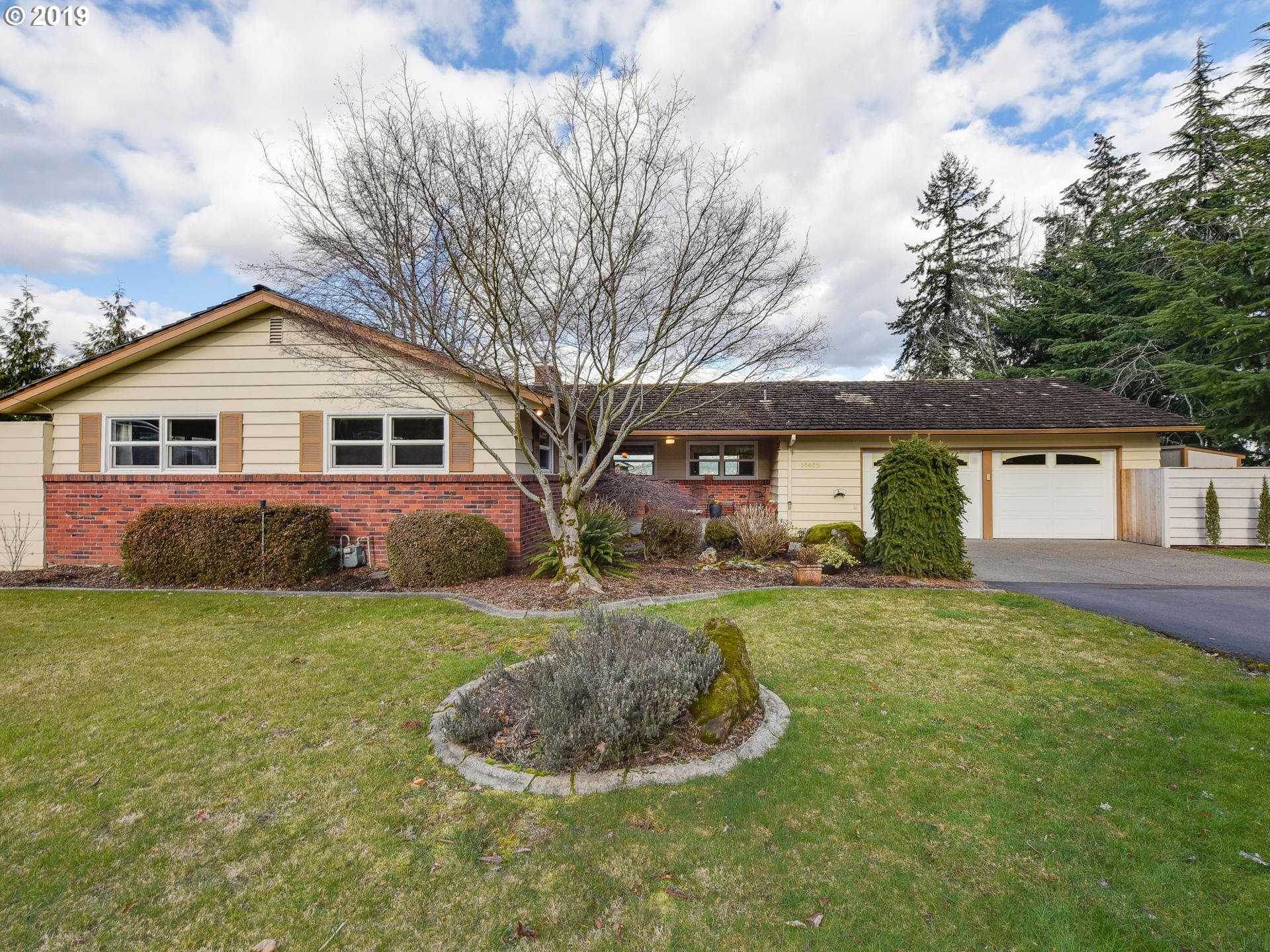 $549,000 - 3Br/4Ba -  for Sale in Milwaukie