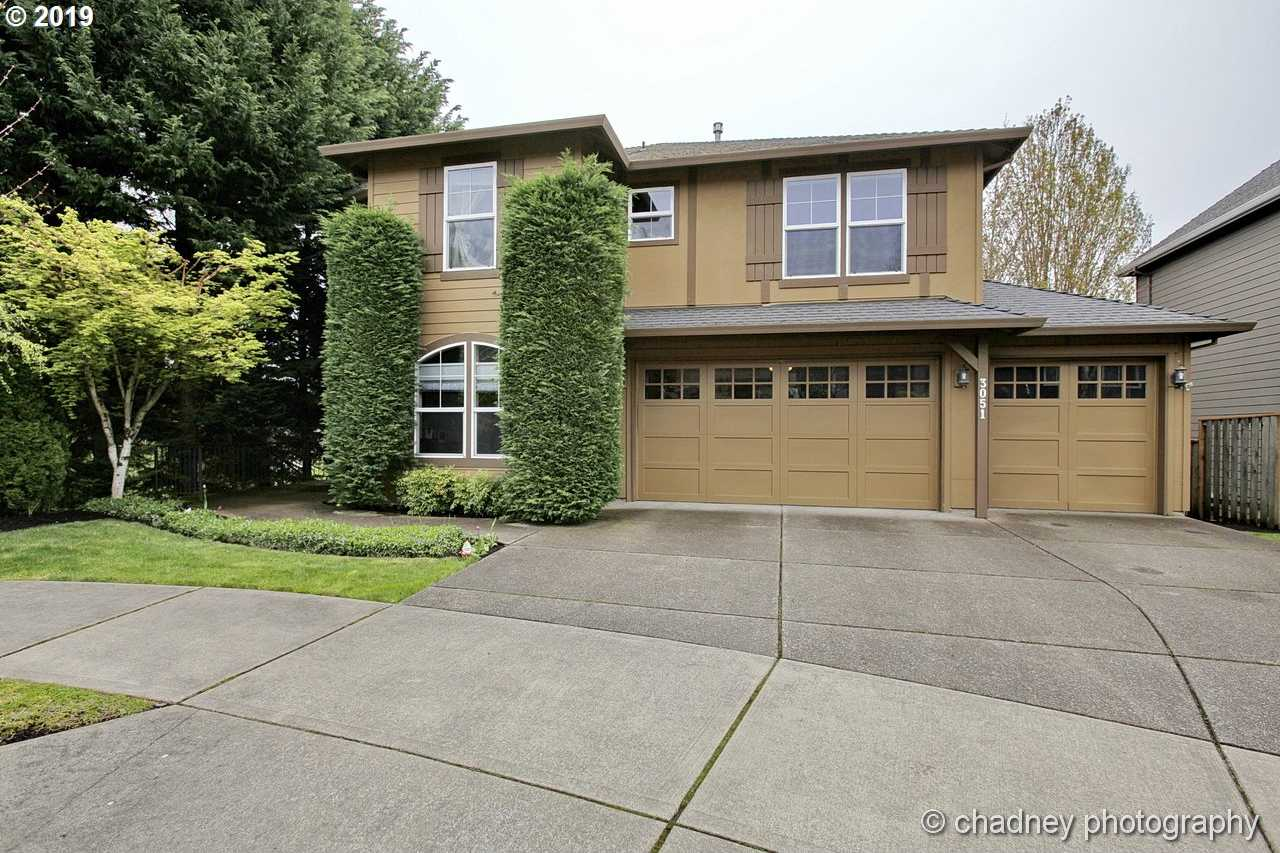 $680,000 - 5Br/4Ba -  for Sale in West Linn