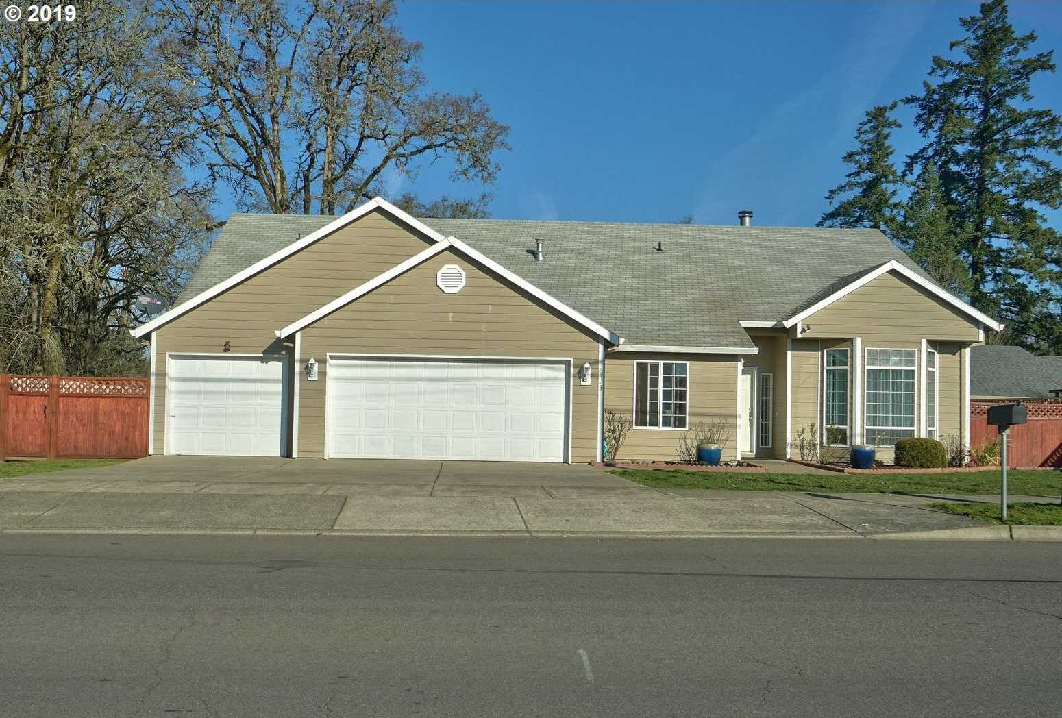 $498,000 - 4Br/3Ba -  for Sale in Hillsboro