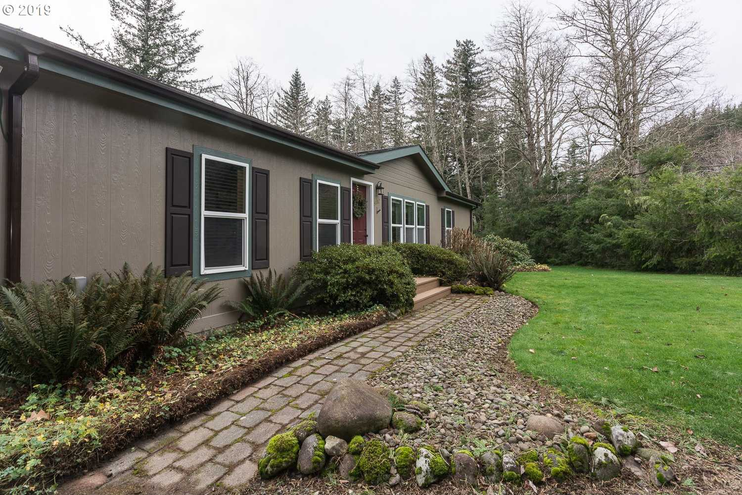$450,000 - 3Br/2Ba -  for Sale in Troutdale