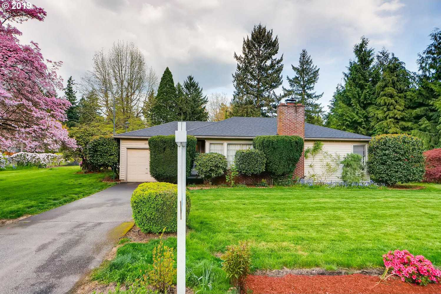 $337,500 - 2Br/1Ba -  for Sale in Garden Home, Portland