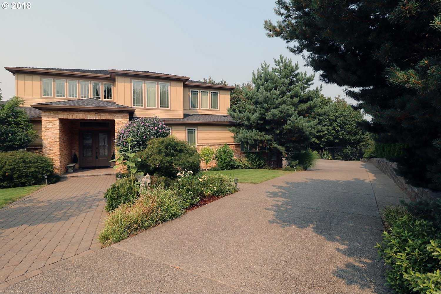 $1,149,980 - 6Br/6Ba -  for Sale in Skyview Estates, Portland
