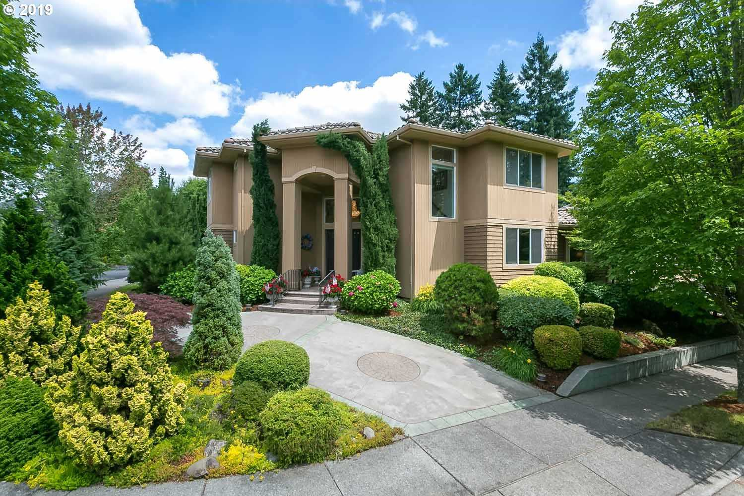 $799,900 - 4Br/4Ba -  for Sale in Victoria Woods, Tualatin