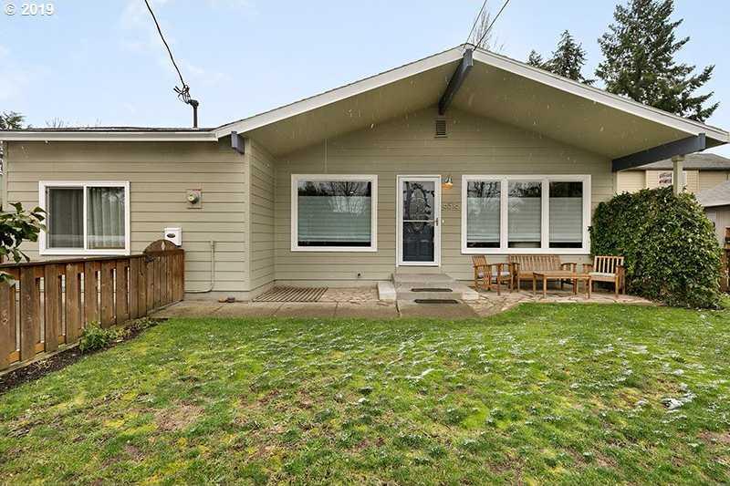 $525,000 - 3Br/3Ba -  for Sale in Mt. Scott, Portland