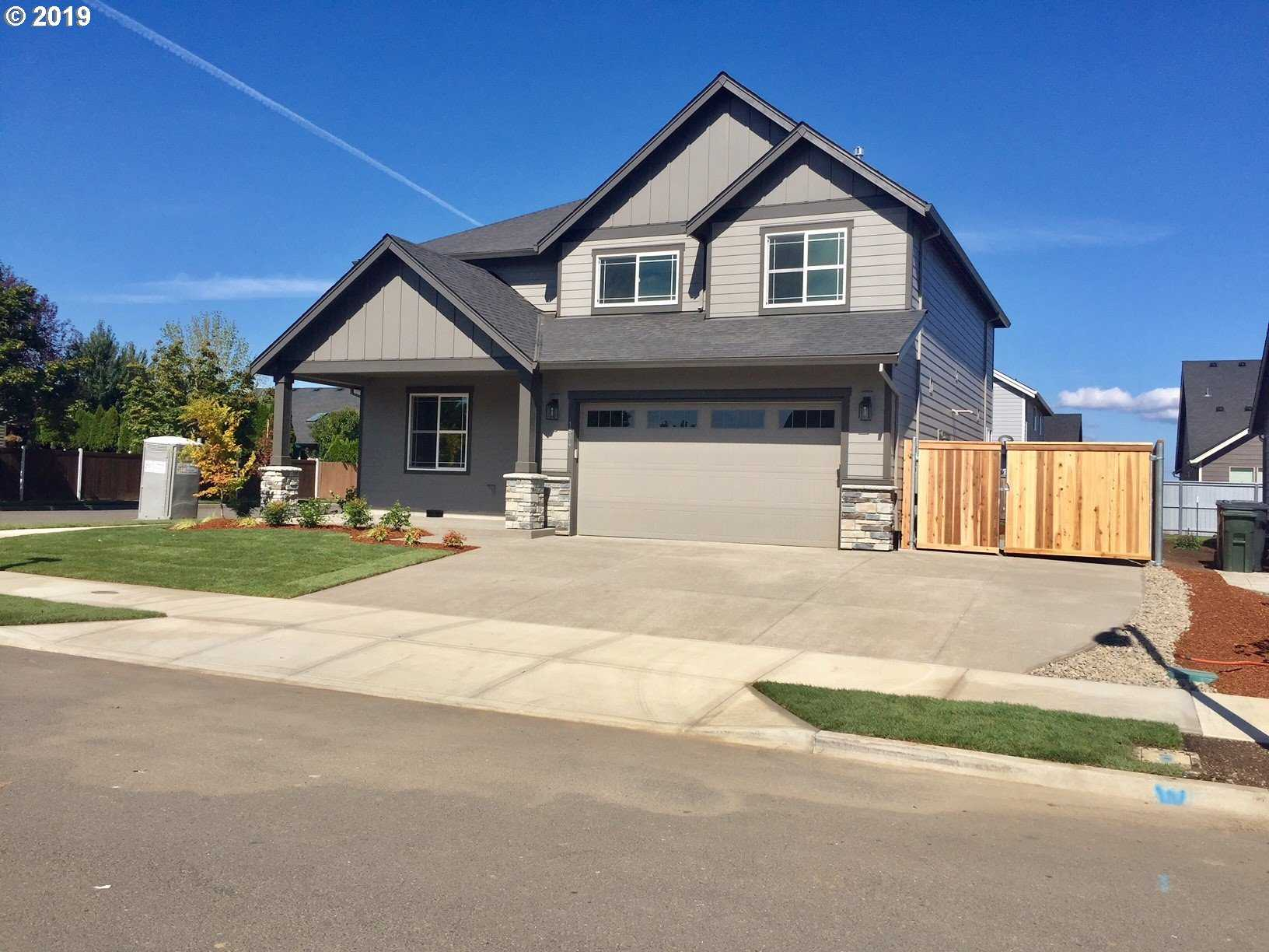 $499,000 - 4Br/3Ba -  for Sale in Canby