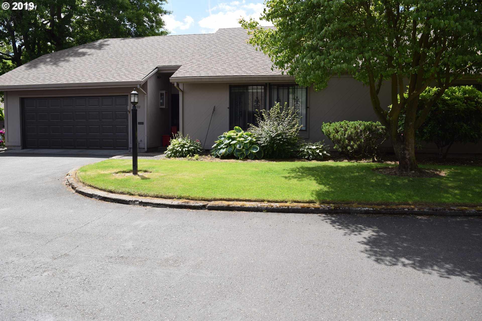 $274,900 - 3Br/2Ba -  for Sale in Riverwood Condominiums, Portland
