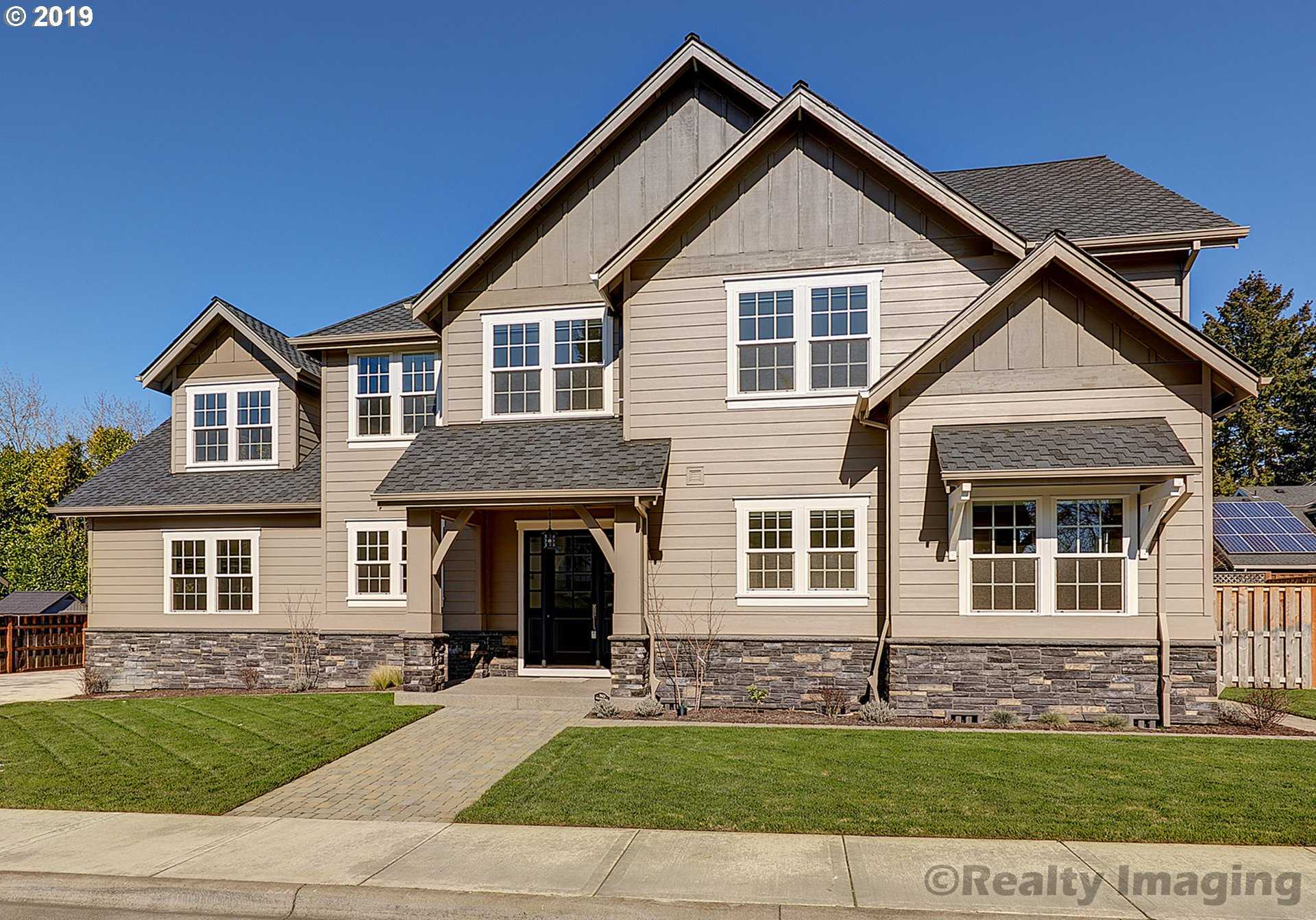 $875,000 - 3Br/3Ba -  for Sale in Raleigh/west Slope, Beaverton