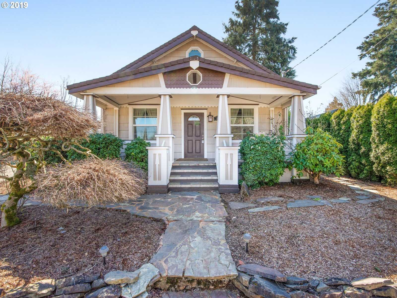 $492,000 - 4Br/3Ba -  for Sale in Milwaukie