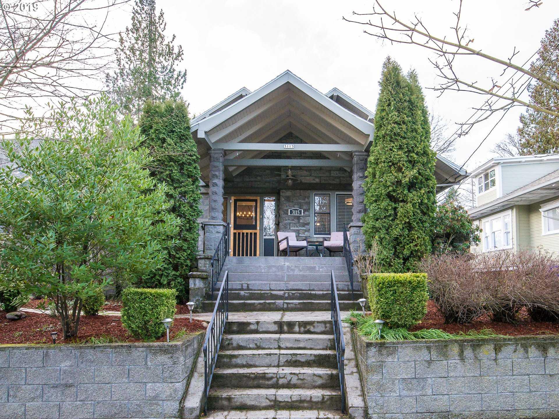 $549,500 - 3Br/2Ba -  for Sale in Rose City Park, Portland