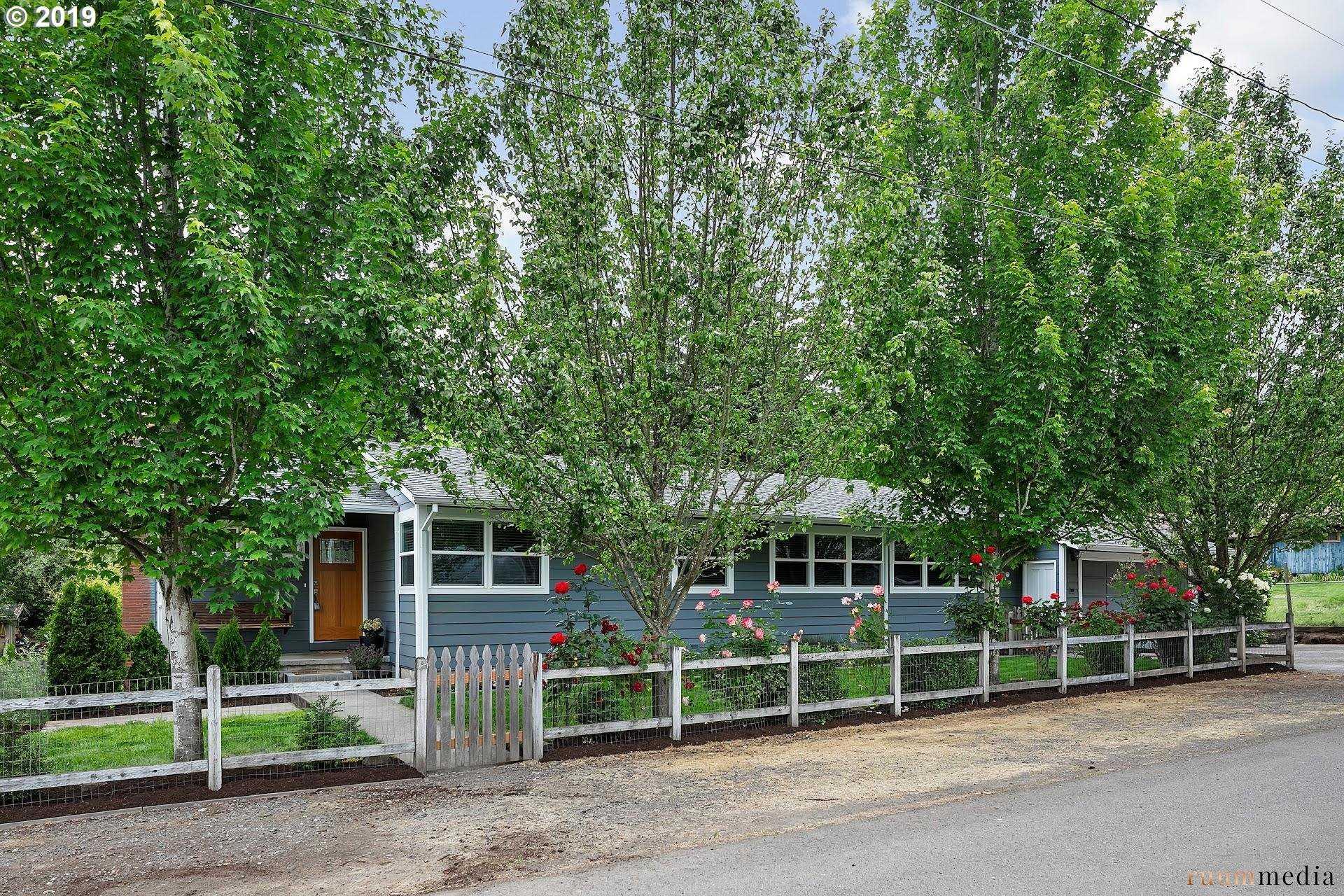 $550,000 - 4Br/2Ba -  for Sale in West Slope, Beaverton