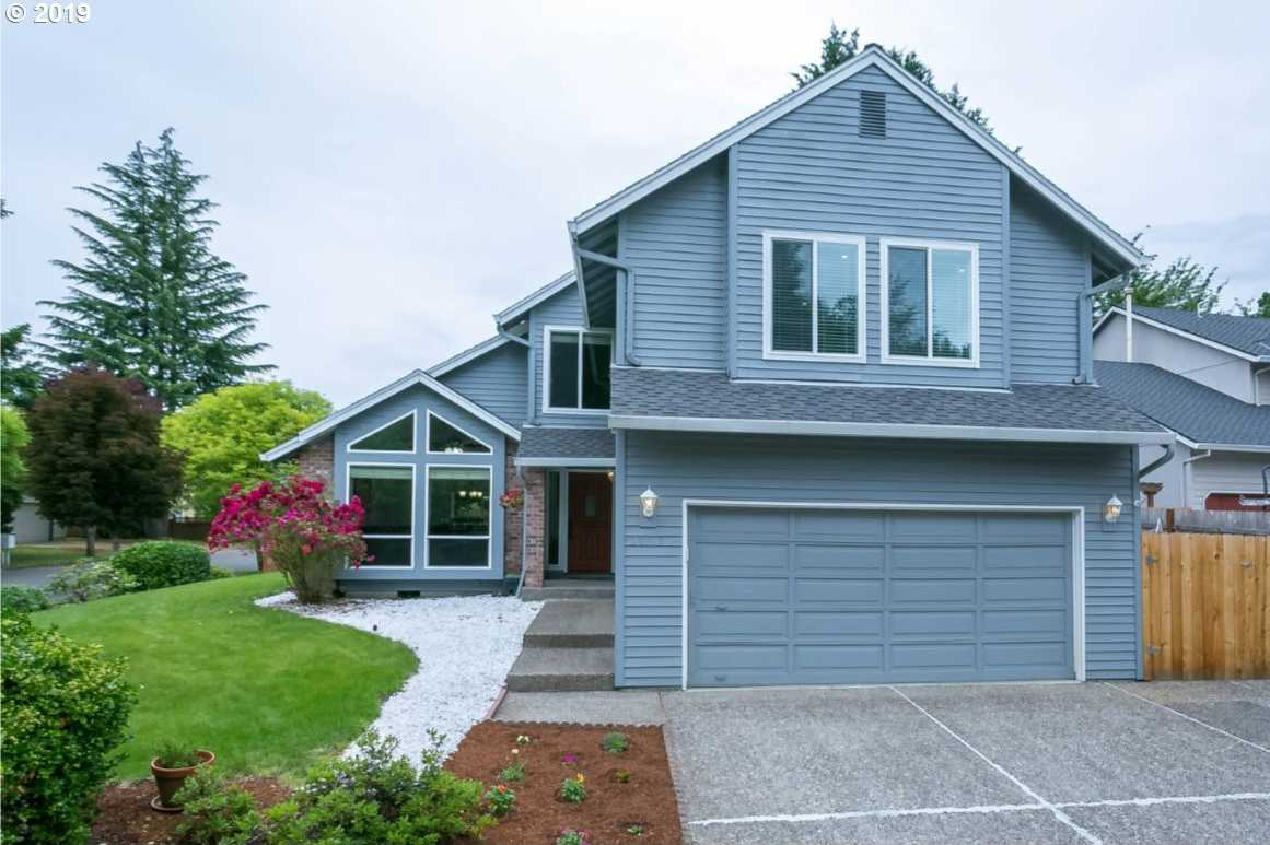 $499,900 - 3Br/3Ba -  for Sale in Tualatin