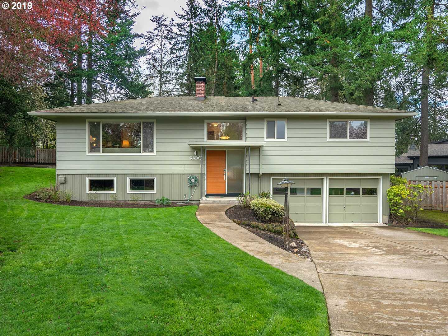 $550,000 - 4Br/3Ba -  for Sale in West Haven, Portland