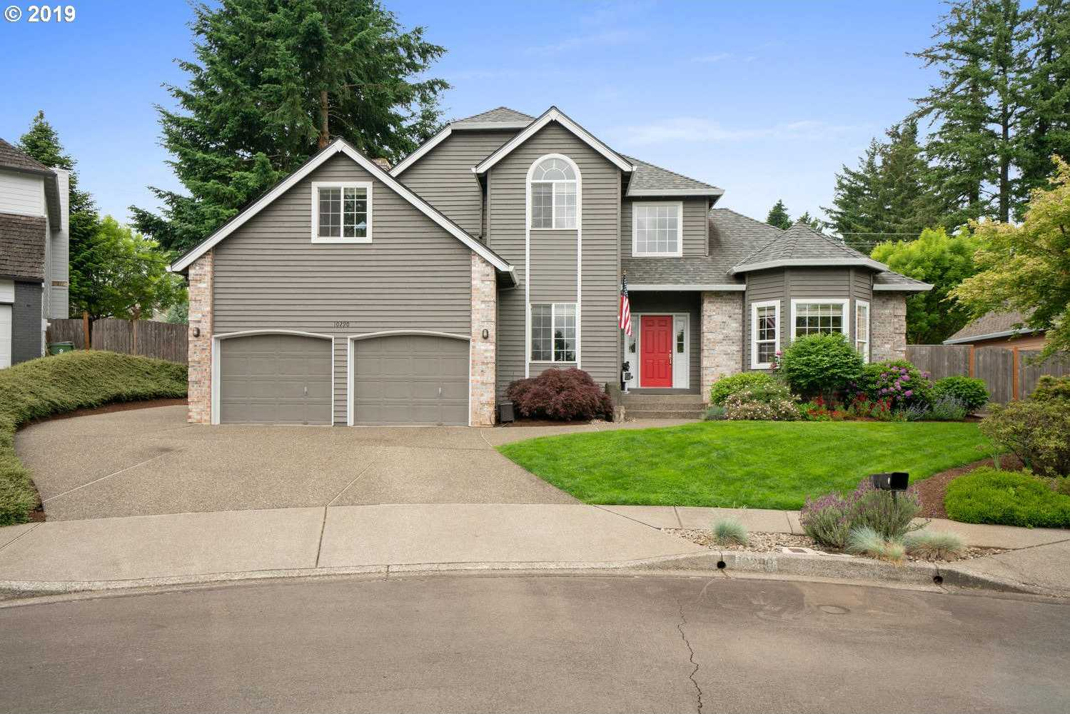 $529,900 - 4Br/3Ba -  for Sale in Tualatin