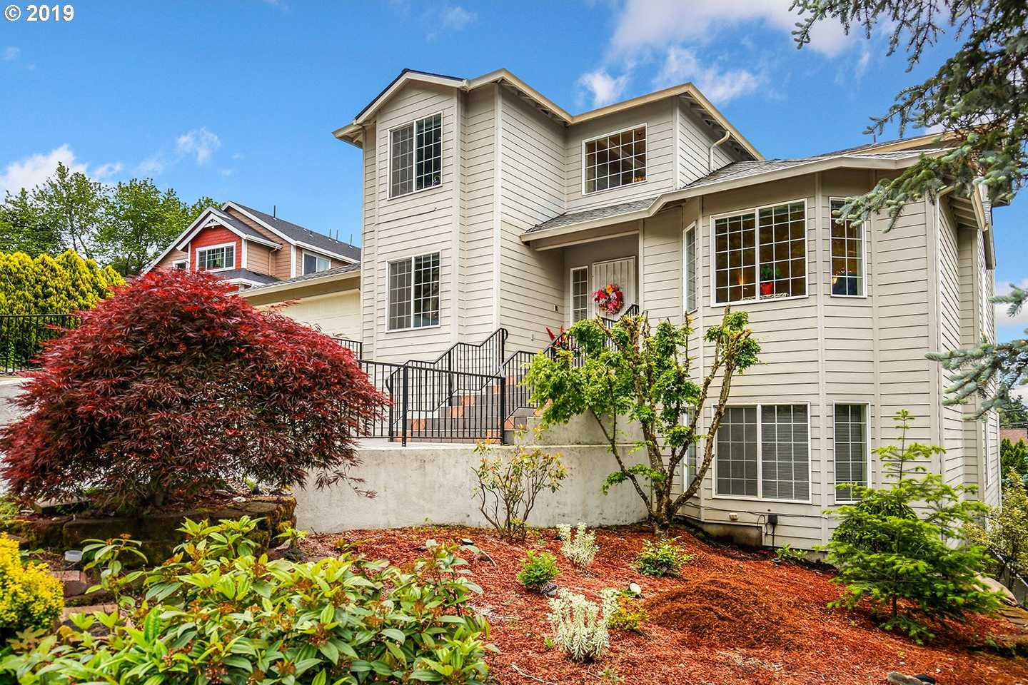 $525,000 - 6Br/4Ba -  for Sale in Gresham