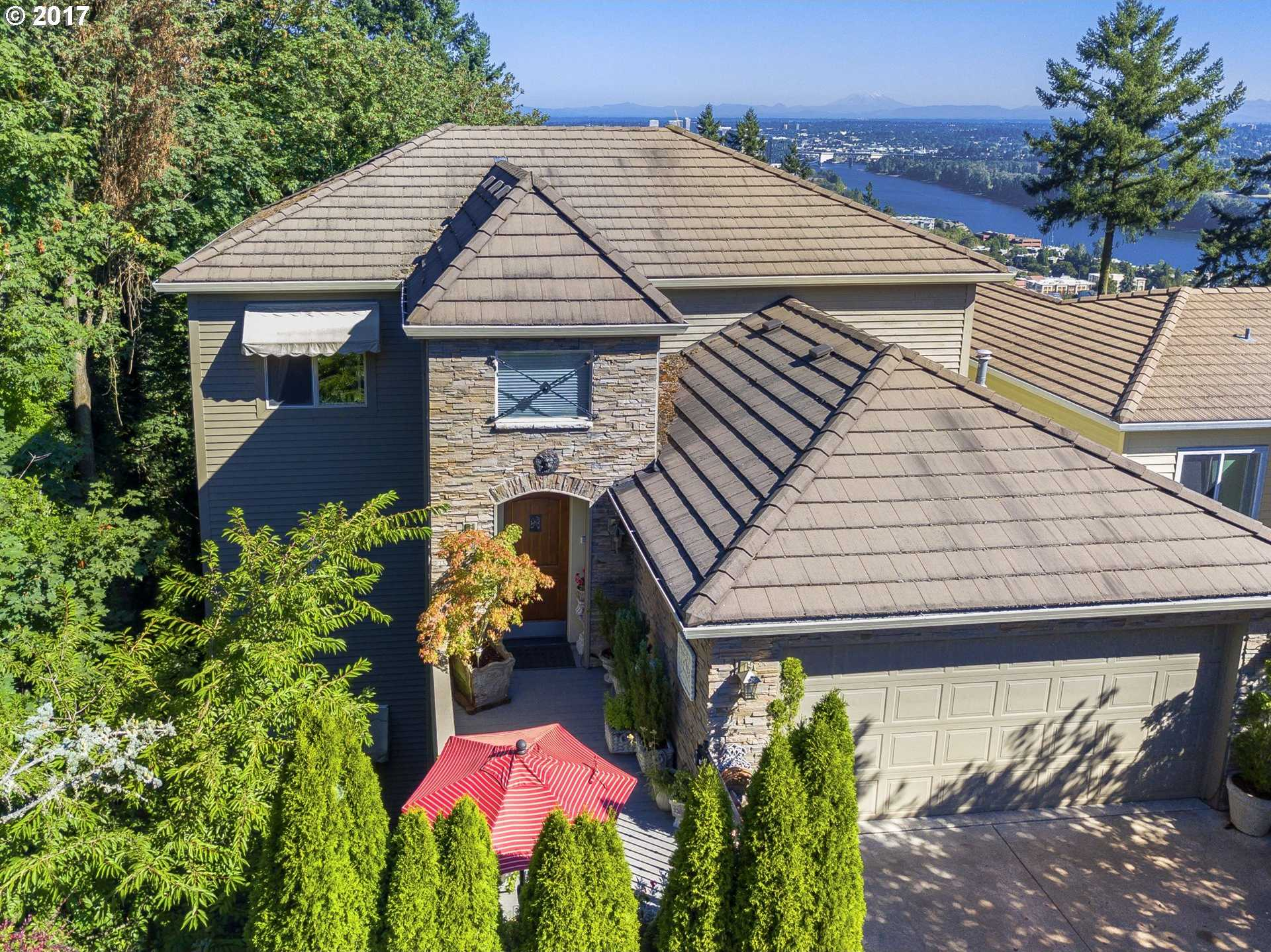 $975,000 - 4Br/4Ba -  for Sale in Portland