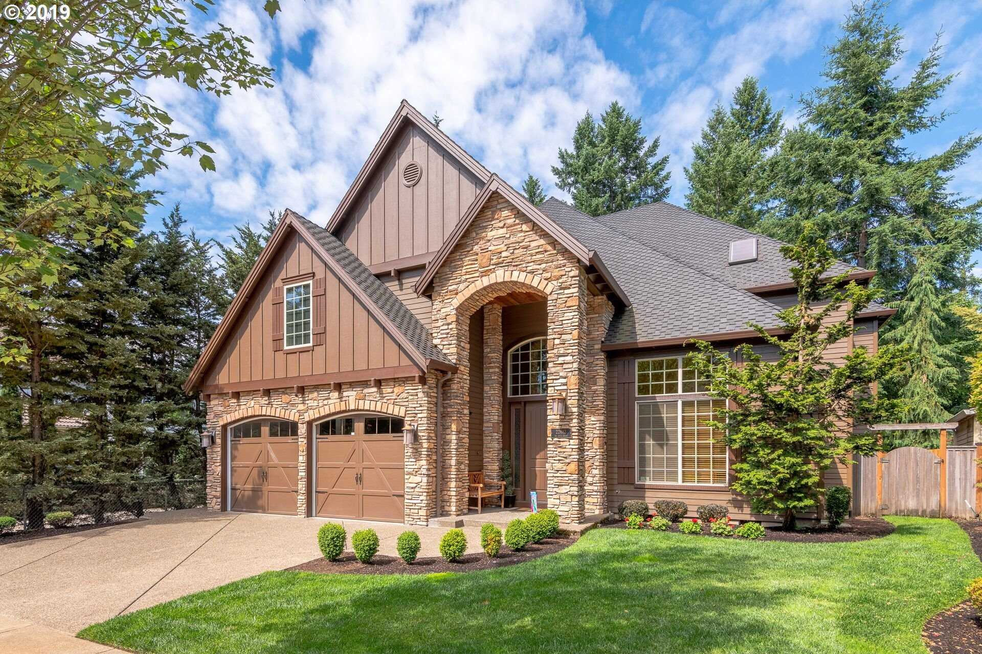 $810,000 - 4Br/3Ba -  for Sale in Victoria Woods, Tualatin
