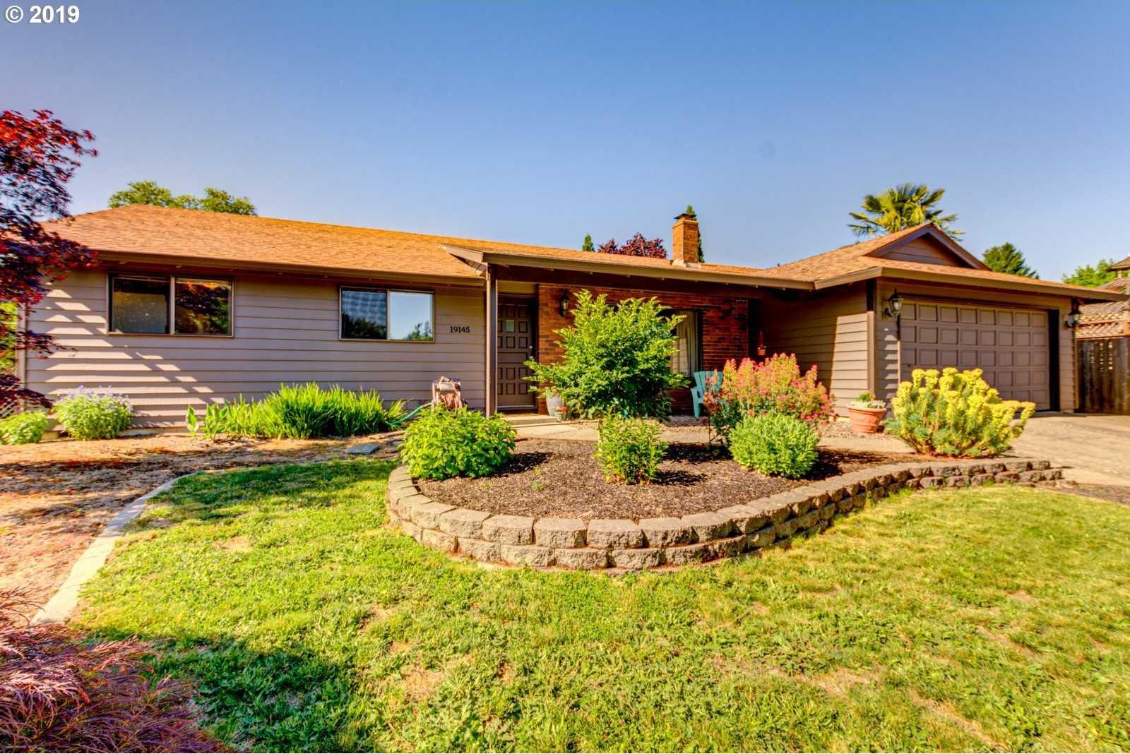 $395,000 - 3Br/2Ba -  for Sale in Willow Creek, Beaverton