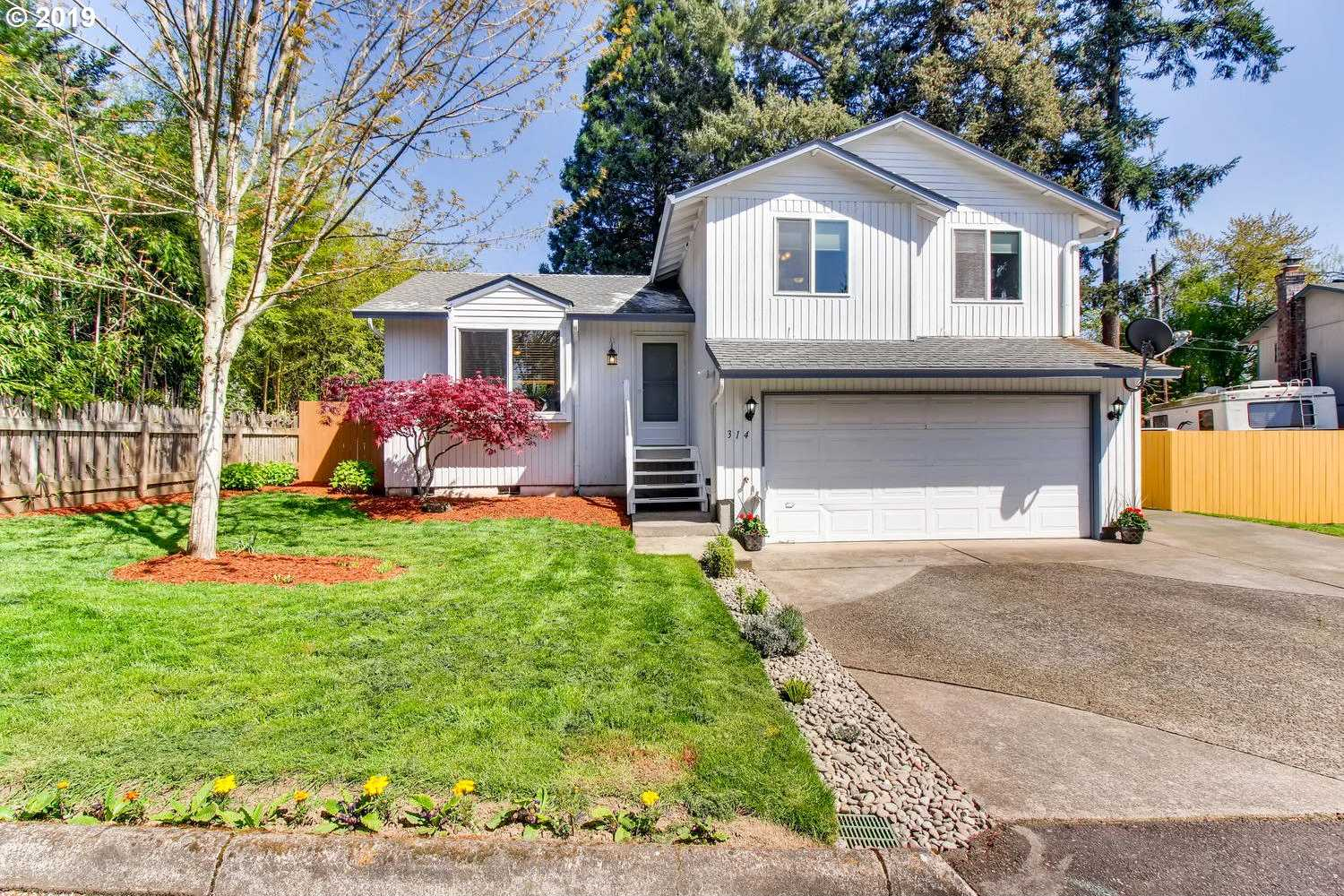 $337,700 - 3Br/2Ba -  for Sale in Glenfair, Portland