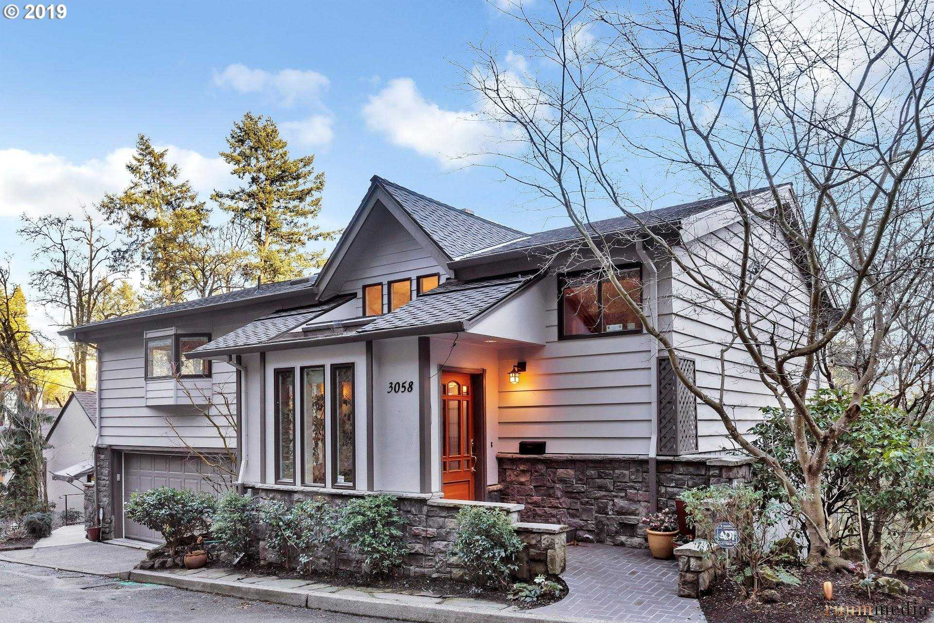 $900,000 - 4Br/3Ba -  for Sale in Kings Heights, Portland