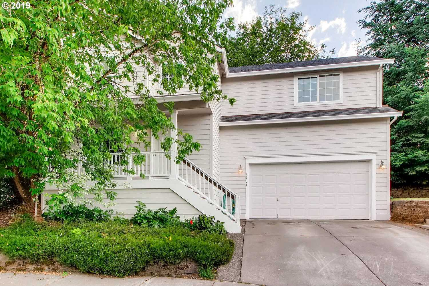 $360,000 - 3Br/3Ba -  for Sale in Sandy