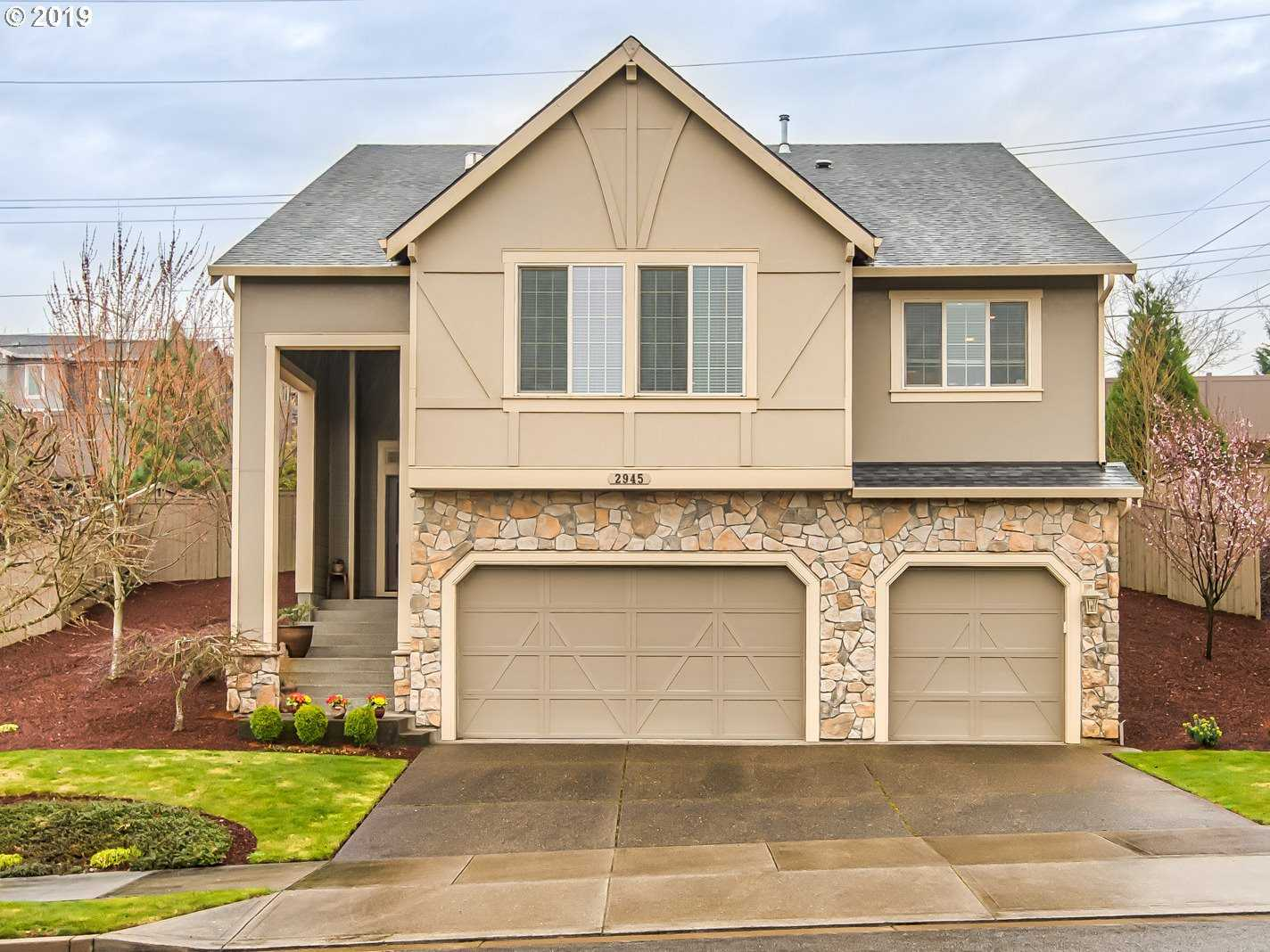 $579,900 - 4Br/3Ba -  for Sale in Maxfield, West Linn