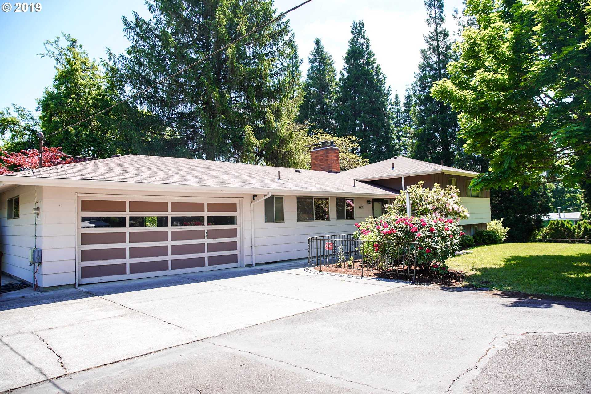 $995,000 - 3Br/3Ba -  for Sale in Oregon Golf Club, Beaverton