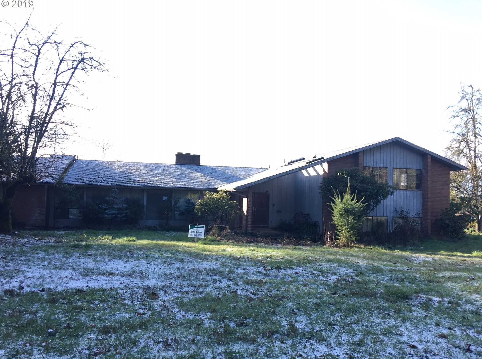 $407,000 - 4Br/4Ba -  for Sale in Boring