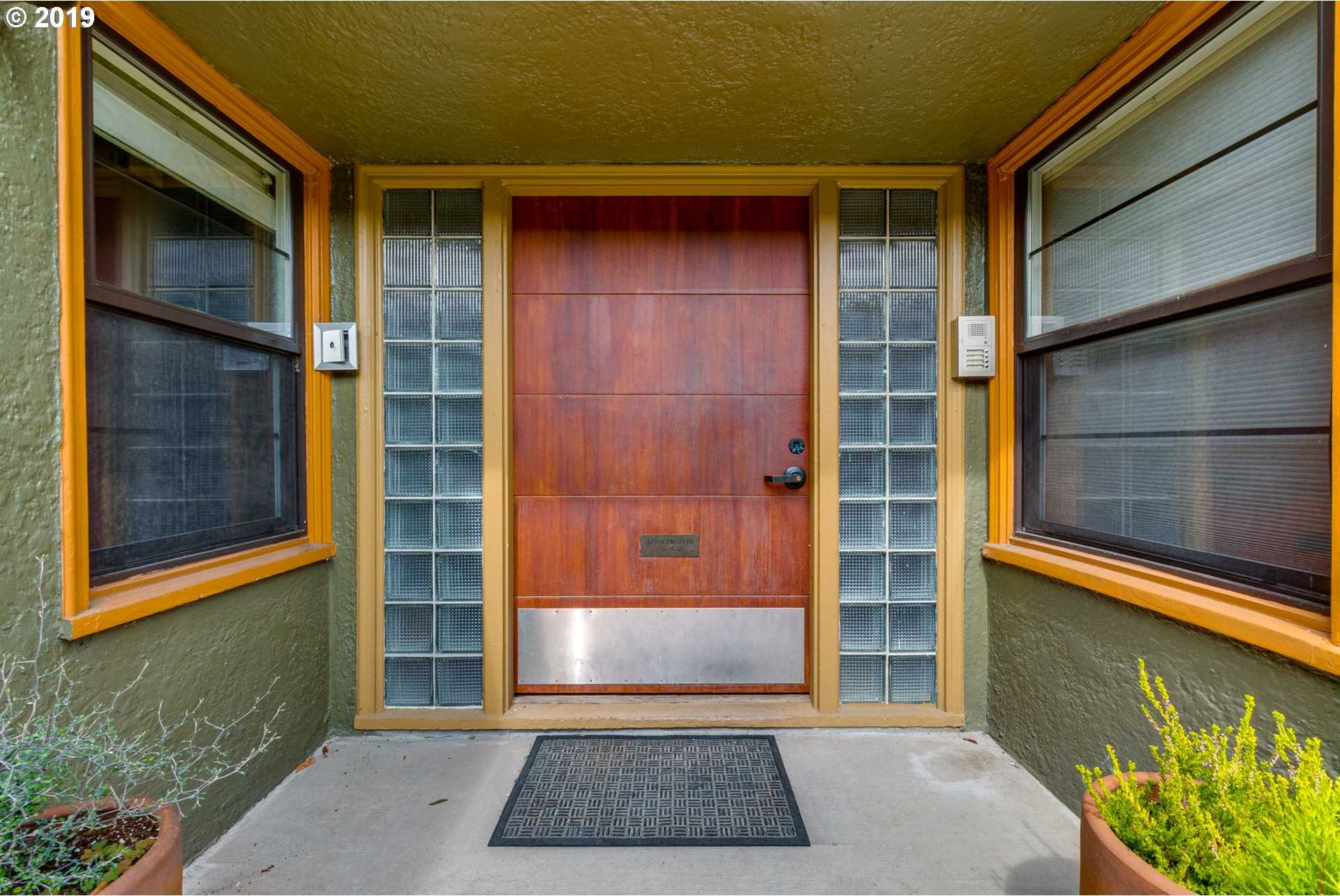 $334,000 - 1Br/1Ba - for Sale in Colonial Heights/hawthorne, Portland