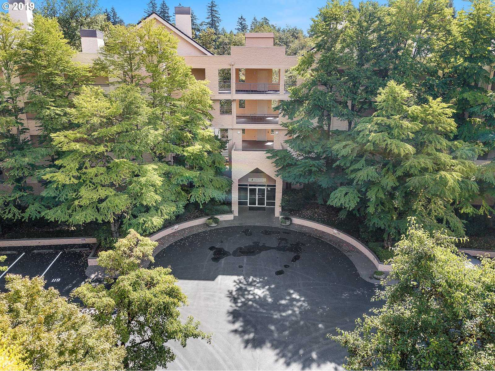 $377,000 - 3Br/3Ba -  for Sale in The Quintet, Portland