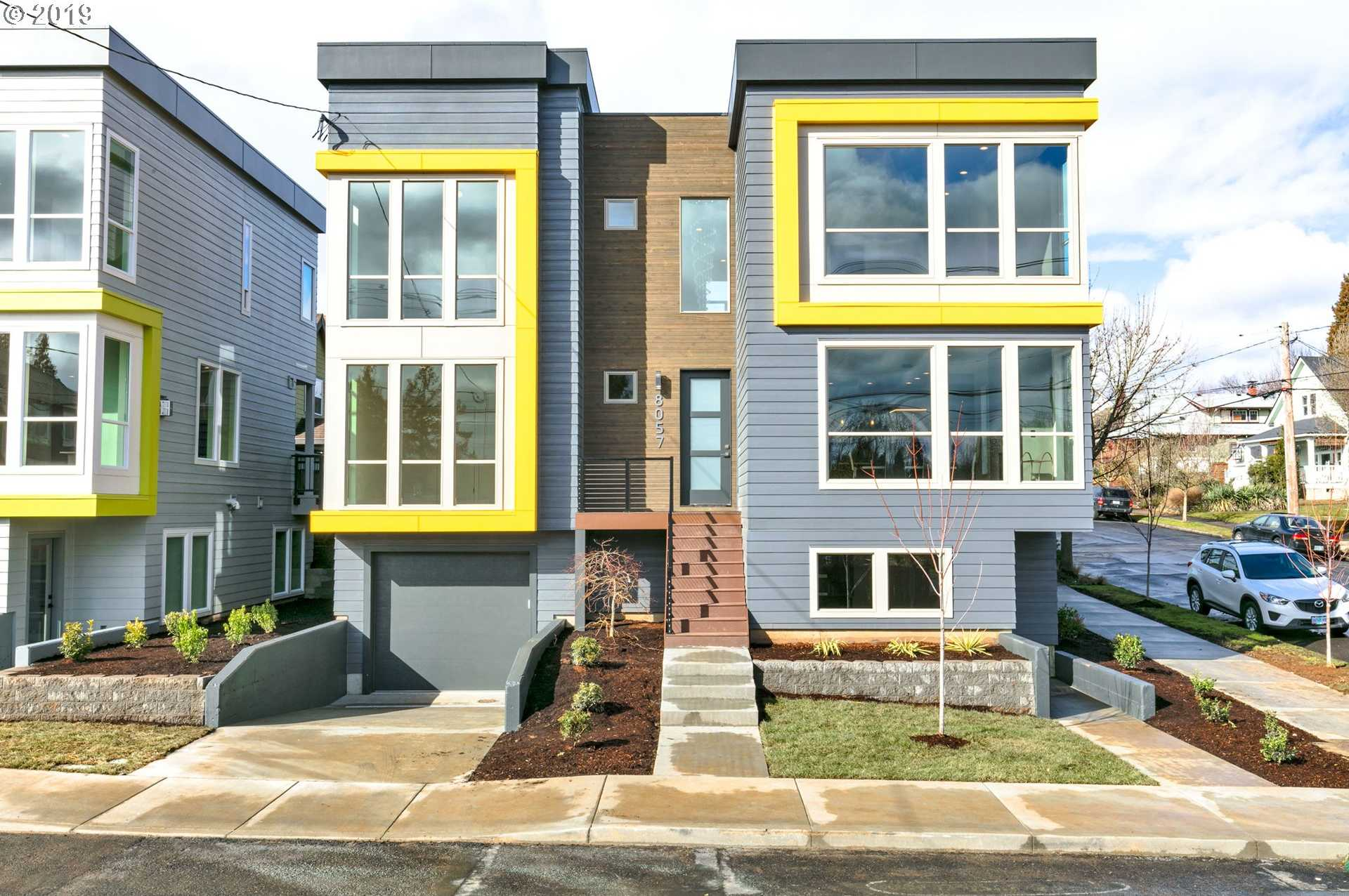 $819,900 - 4Br/4Ba -  for Sale in Sellwood, Portland
