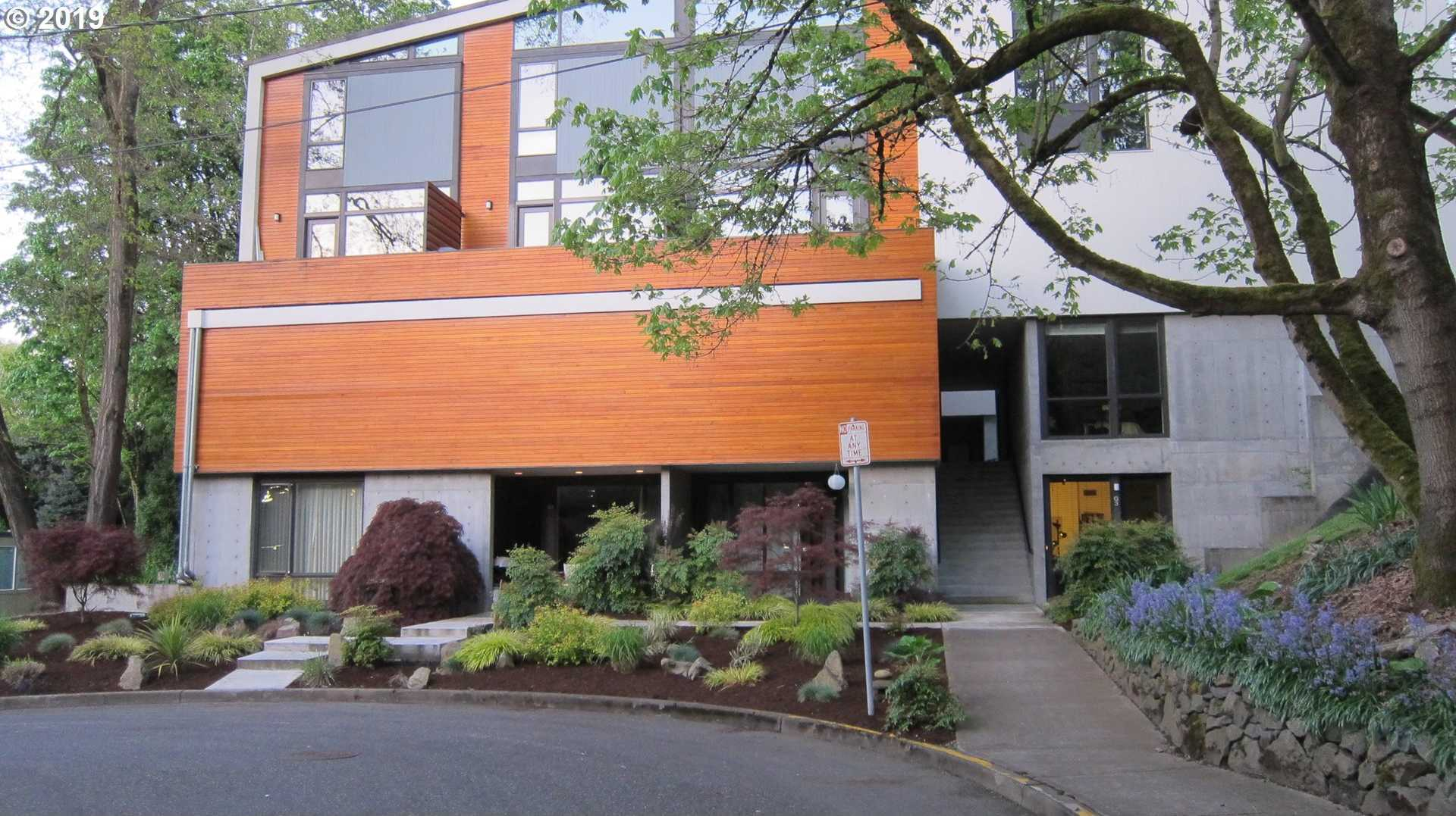 $359,000 - 2Br/2Ba - for Sale in Portland