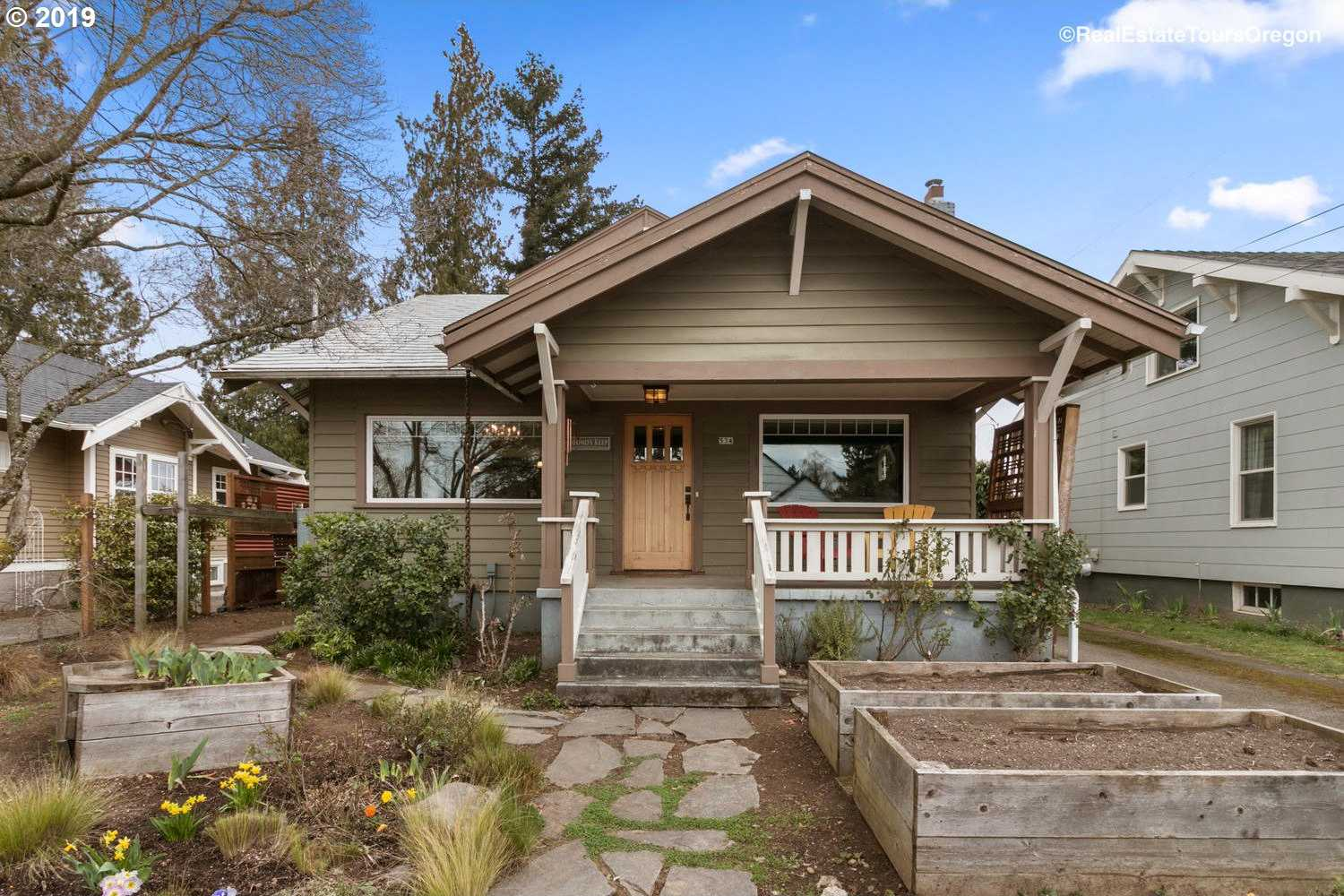 $525,000 - 4Br/3Ba -  for Sale in Portland