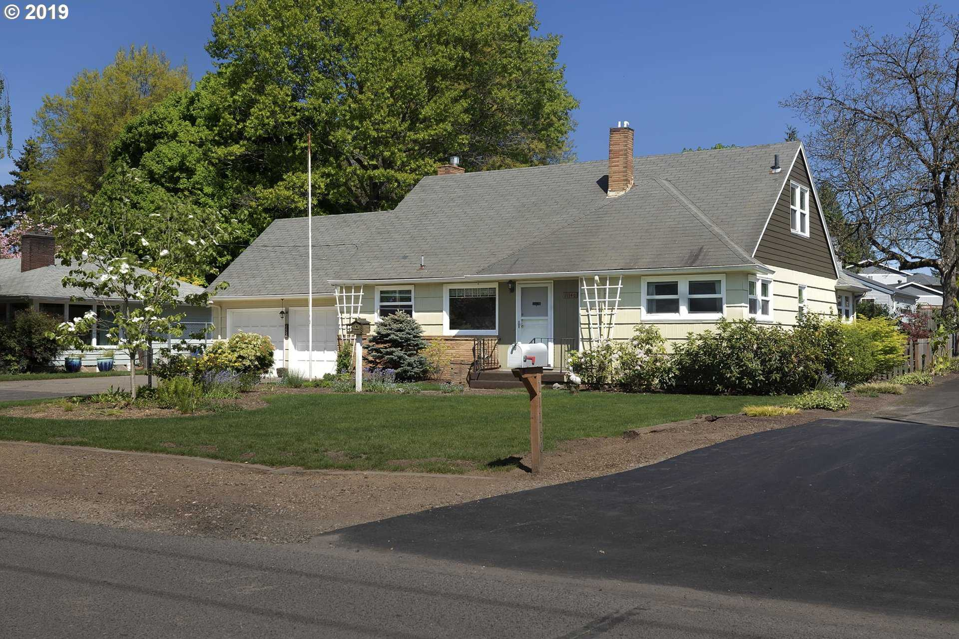 $419,000 - 3Br/2Ba -  for Sale in Linwood, Milwaukie