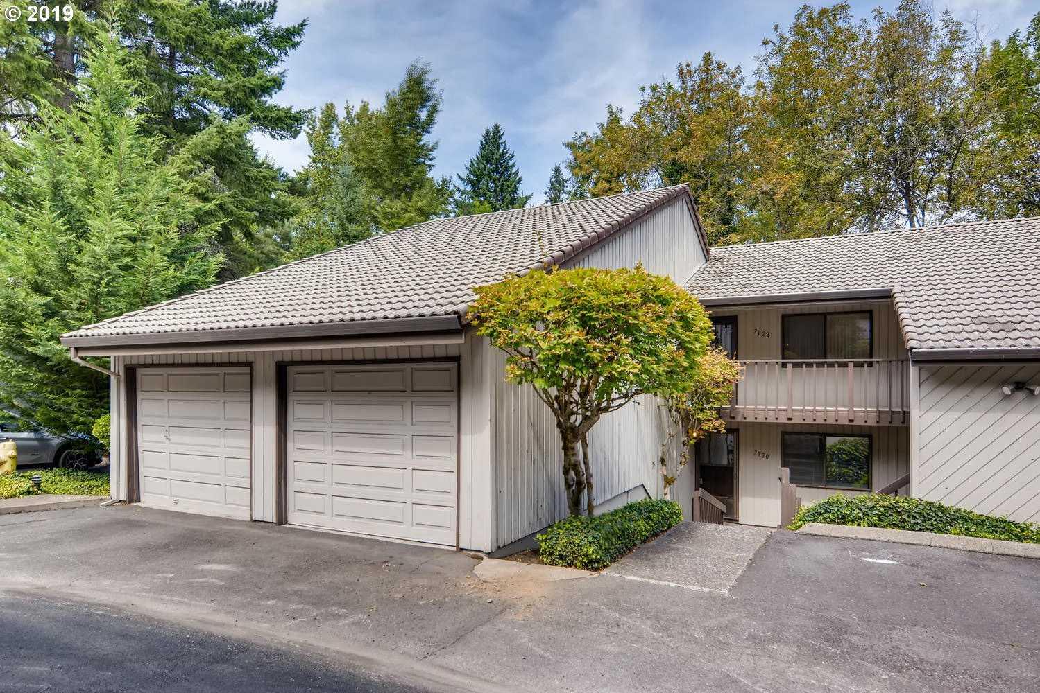 $239,900 - 2Br/2Ba -  for Sale in Knollhurst Condominiums, Beaverton