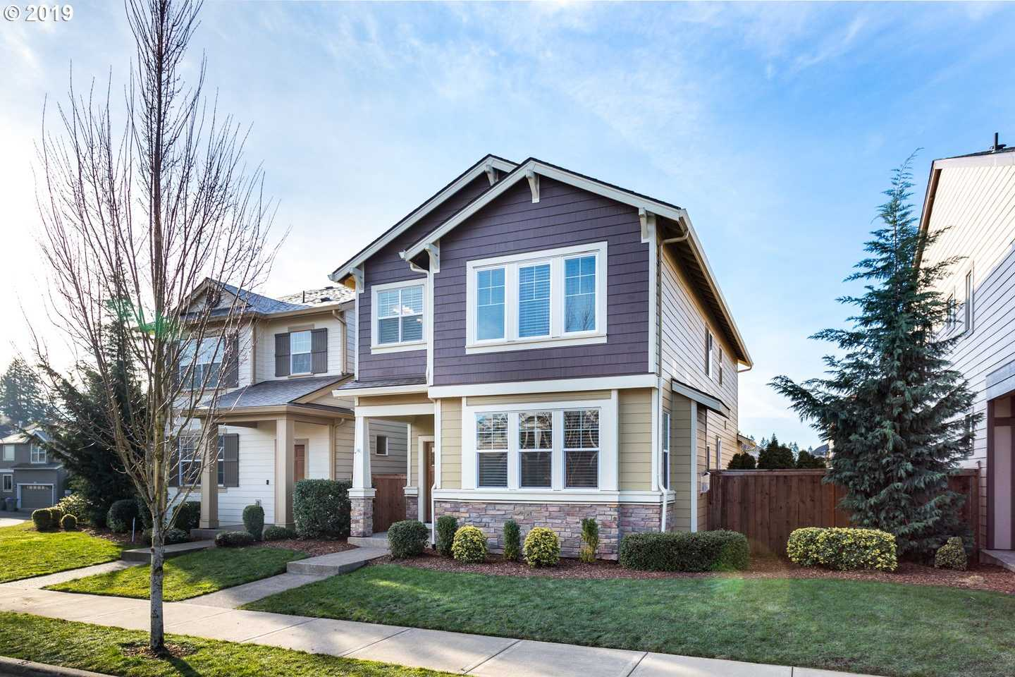 $449,900 - 4Br/3Ba -  for Sale in Edgewater On The Tualatin, King City