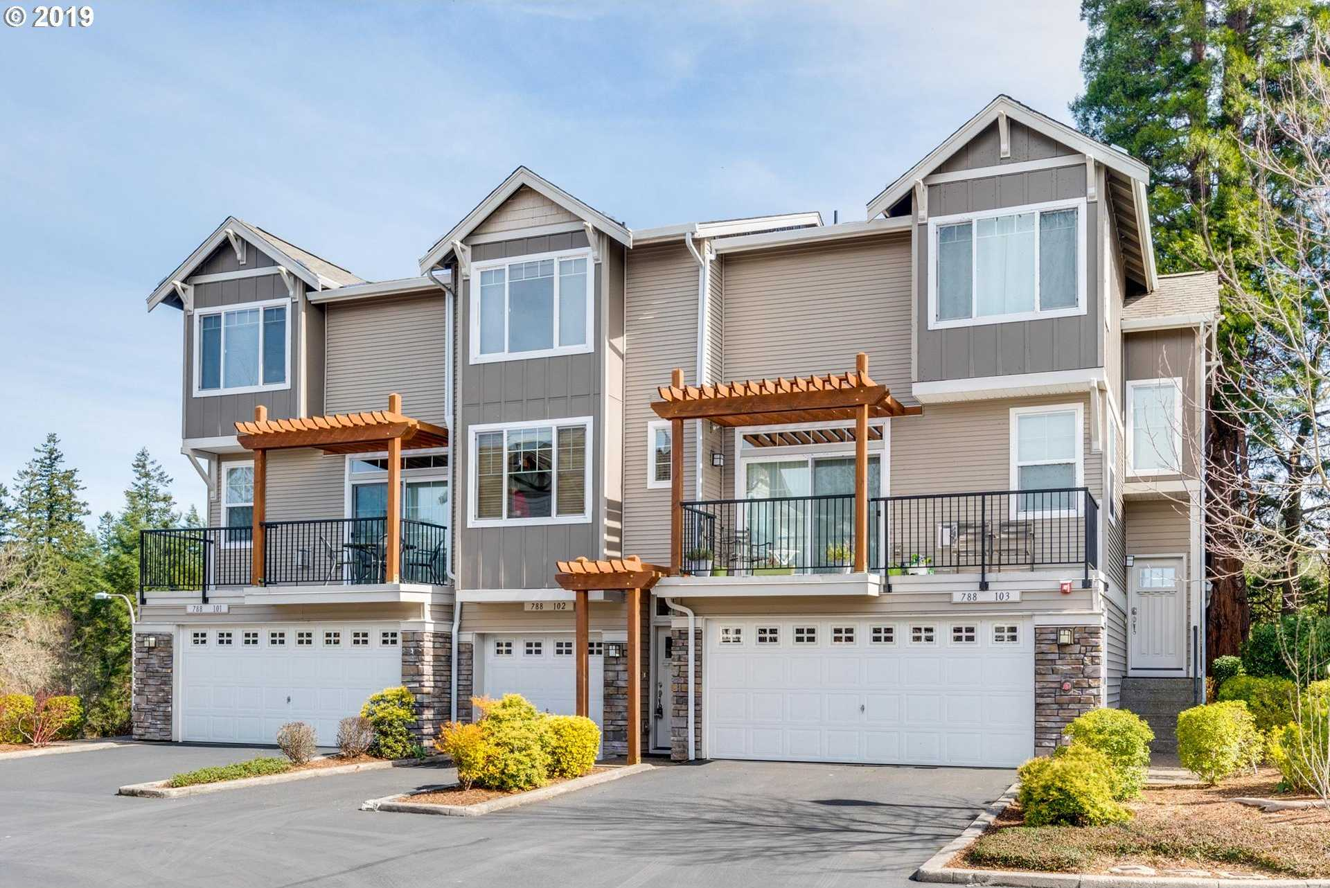$319,900 - 2Br/3Ba -  for Sale in Timberland Reserve, Portland